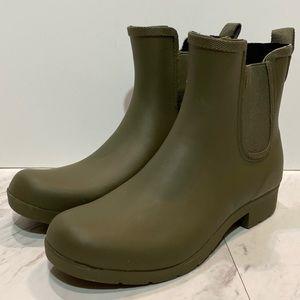 New! Chooka Eastlake Chelsea Rain Boots Olive